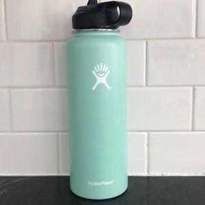 NWOT Hydro Flask
